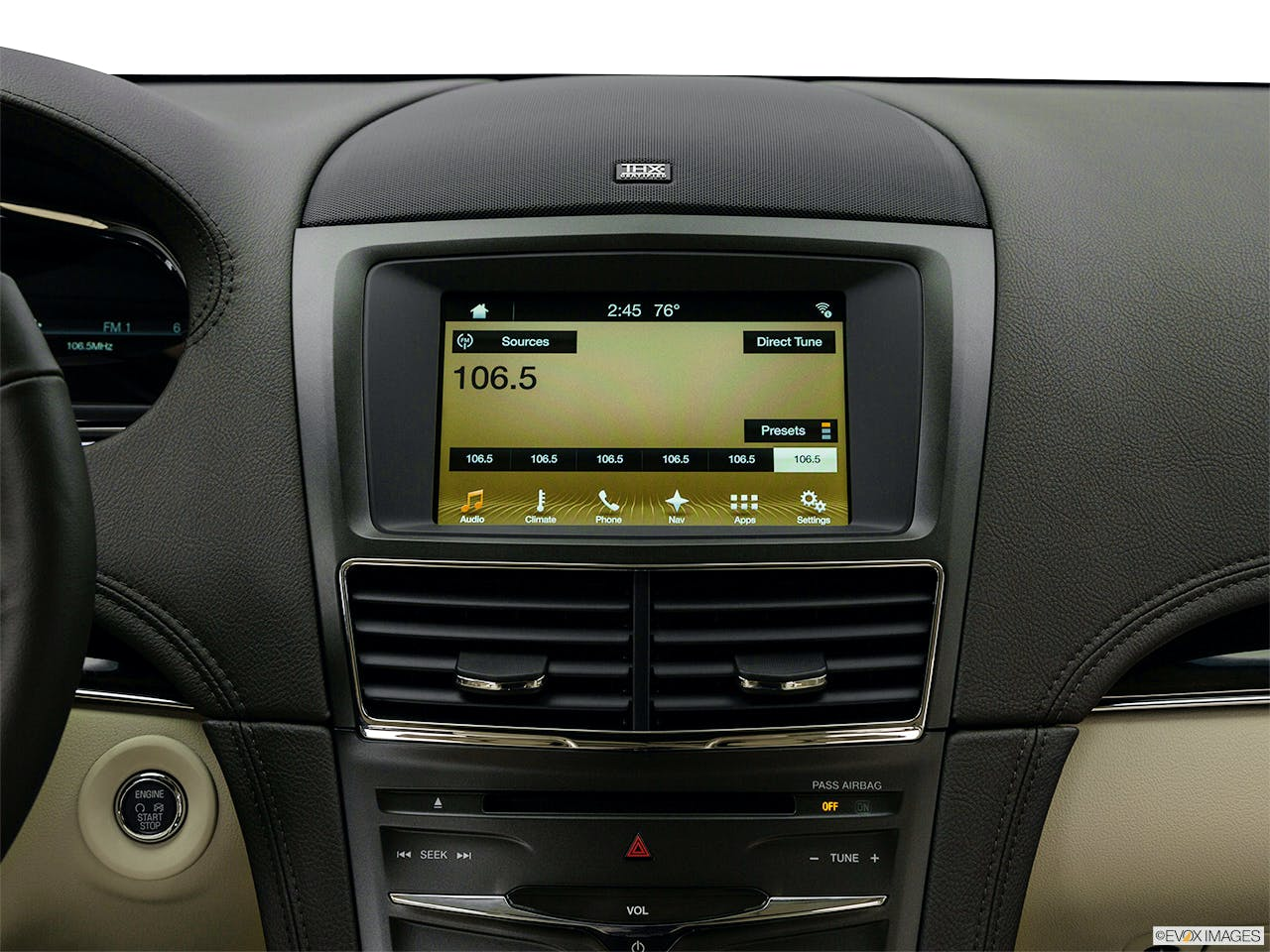2019 Lincoln MKT Standard | DMR-42057 | Deliver My Ride